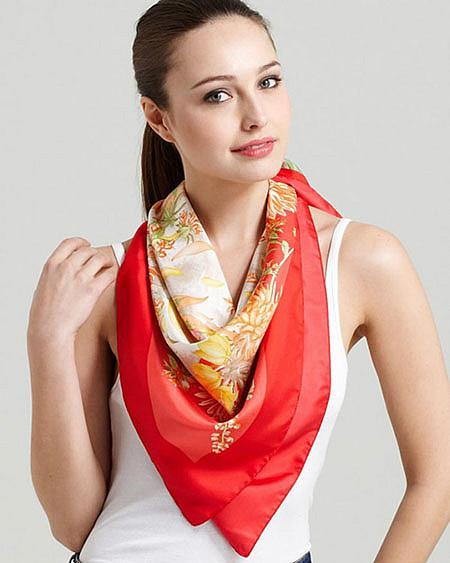 яркий шарф фото