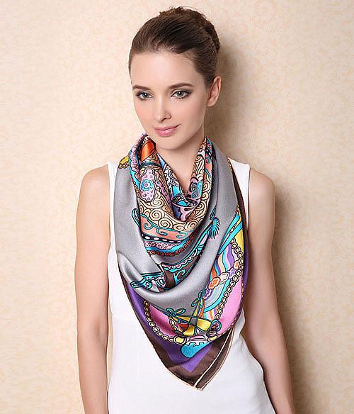 шелковый платок на шею фото