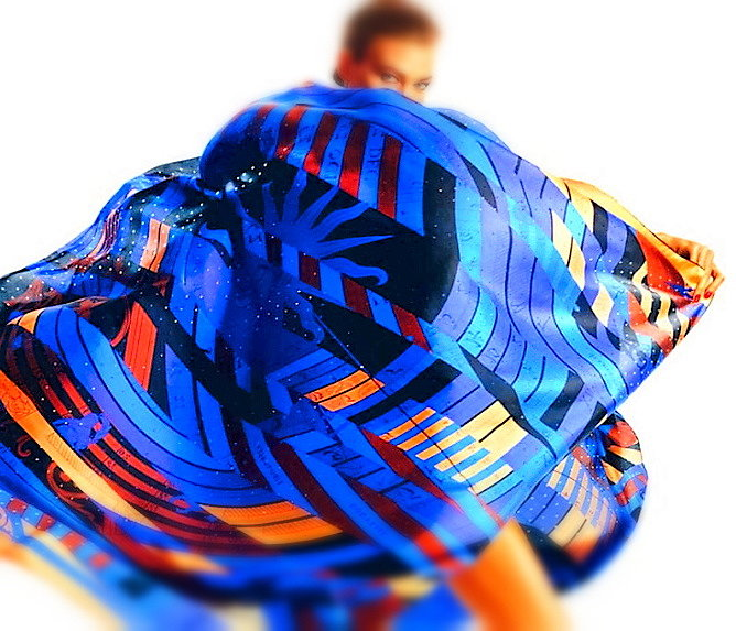 Брендовый платок из шелка